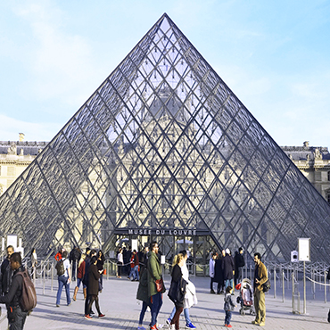 Skip-the-Line: Louvre Museum Greatest Masterpieces Private Guided Tour in English (WT-LOM-EN)