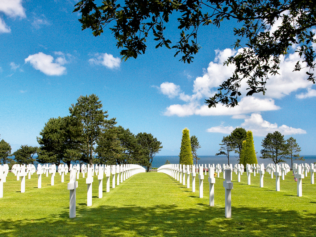Normandy D-Day Battlefields and Landing Beaches Day Trip from Paris including hotel pick-up