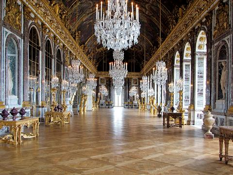 Paris City Tour, Lunch at the Eiffel Tower and Versailles Skip the Line Audio Guided Tour (EX2E)